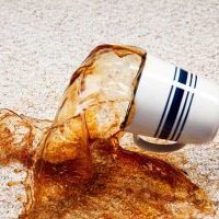 پاک کردن لکه قهوه از روی موکت